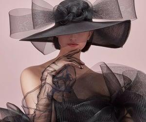 belleza, philip treacy, and sombrero image