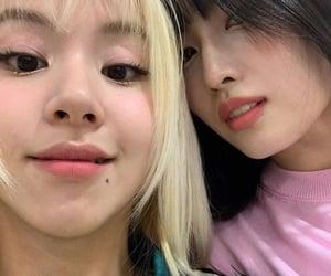 twice, momo, and chaeyoung image