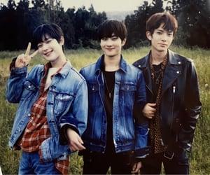 kpop, kpop boys, and kpop bg image