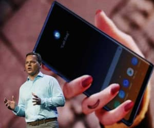 samsung mobiles, samsung foldable phone, and smartphone industry image