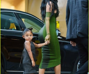 Kylie Jenner & Travis Scott Make Rare Red Carpet Appearance with Daughter Stormi! (Photos)