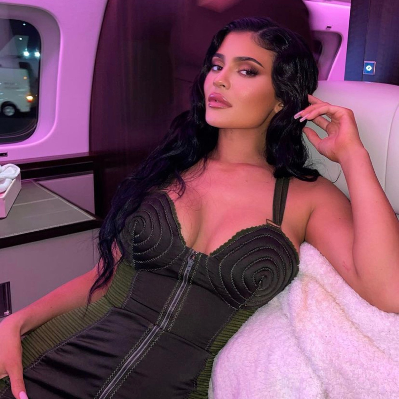 body and kylie jenner image