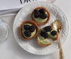 Matcha Caramel Raw Cheesecake- Emily Grace Food | Pinterest
