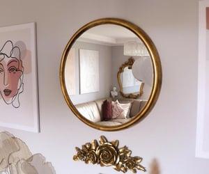 Gold interior designa
