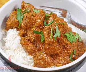 curry, dinner, and slow cooker image