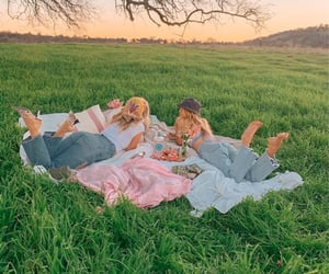 aesthetic, picnic, and friends image