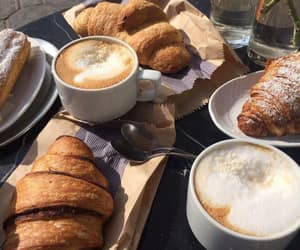 croissant and coffe