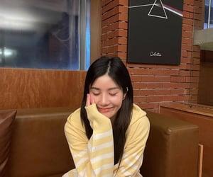 izone, kwon eunbi, and kpop image