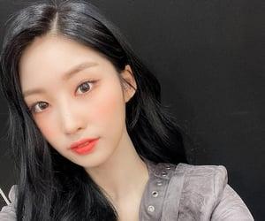 kpop, everglow, and kim sihyeon image