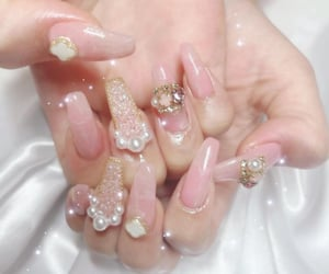 aesthetic, nail, and pink image