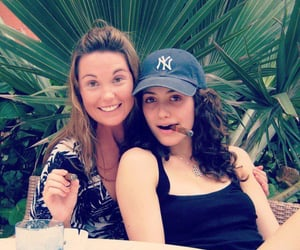 emmy rossum and fiona gallagher image
