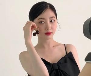 bella, eunji, and chaejeong image
