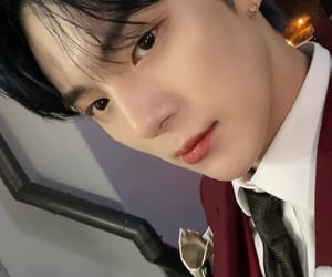 handsome, universe, and selca image