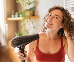 beauty tips and how to blow dry your hair image