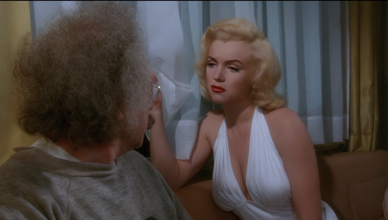 Marilyn Monroe and hollywood icon image