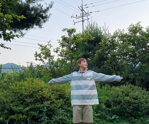 kim hongjoong, ateez, and 에이티즈 image