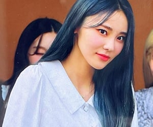 preview, jinsoul, and lq image
