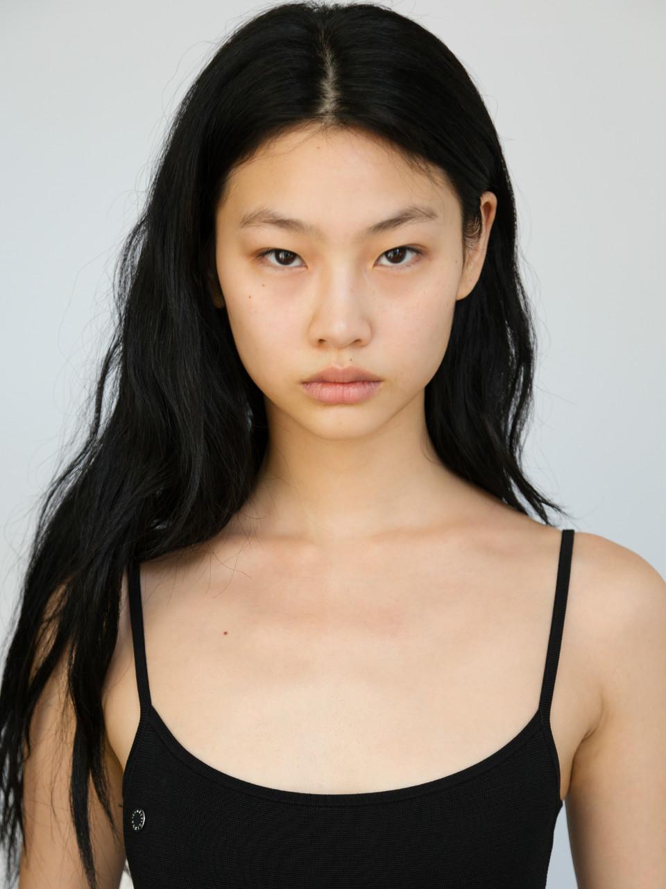 model, jung hoyeon, and hoyeon jung image