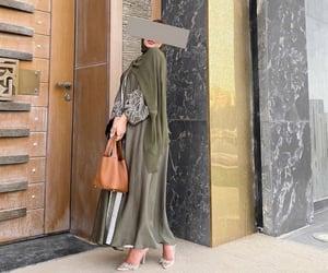green, style, and hijâbi image
