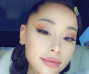 aesthetic, singer, and ariana image