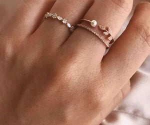 ring and anillo image