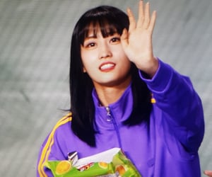 kpop, momo, and preview image