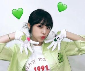 yena, choi yena, and kpop image