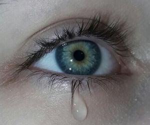 aesthetic, blue, and blue eyes image