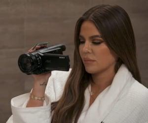 khloe kardashian and kuwtk image