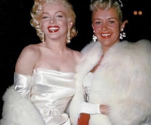 earrings, Marilyn Monroe, and marylin monroe image