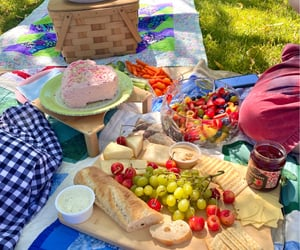 aesthetic, pastel, and picnic image