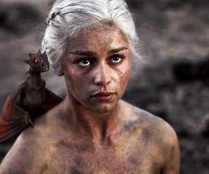 daenerys targaryen, gif, and game of thrones image