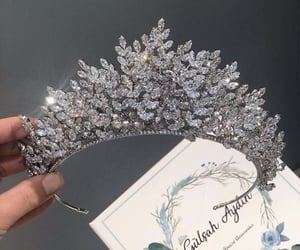 crown and accessories image