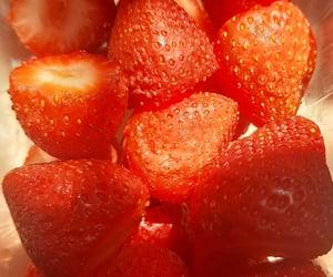 fresas, frutas, and iphone image