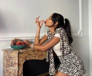 fashion, woman girl, and foodies image