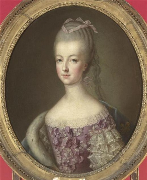 gold, marie antoinette, and portrait image