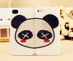 panda and iphone image