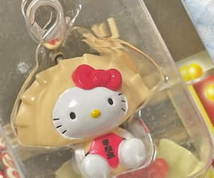 hello kitty, inspo, and keychain image