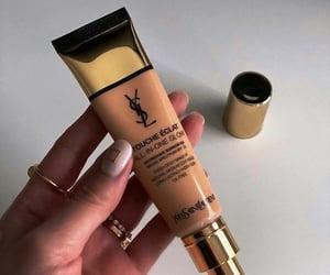blusher, makeup brushes, and makeup tint image