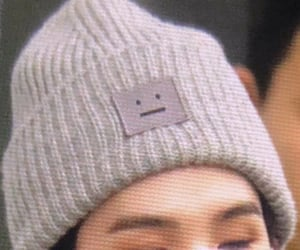 beanie, details, and eyebrows image