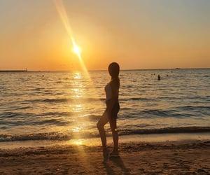 sea, любовь, and закат image