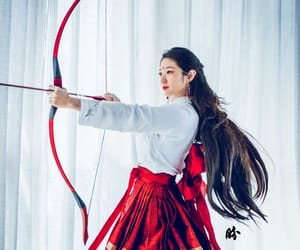 archery and bow image