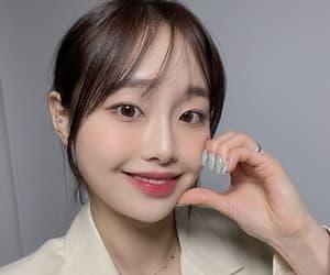 girl group, yeojin, and jinsoul image