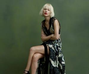 taylor swift fashion image