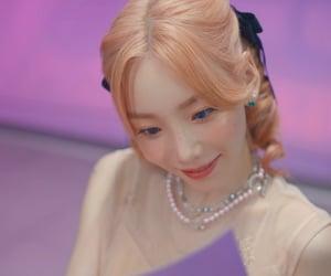 girls generation, kpop, and taeyeon image