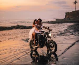couple and upload image