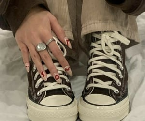 aesthetic, converse, and nails image