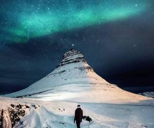 aurora boreal, espacio, and estrellas image