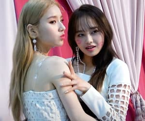 girls, kpop, and chuu image