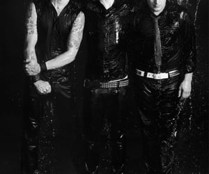 black and white, green day, and music image